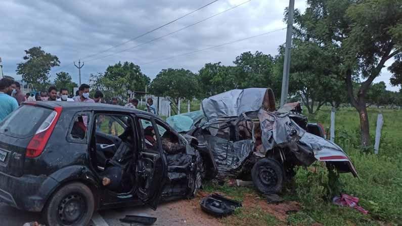 Nagarkurnool Road Accident1