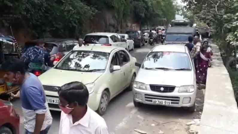 Srisailam Traffic 1