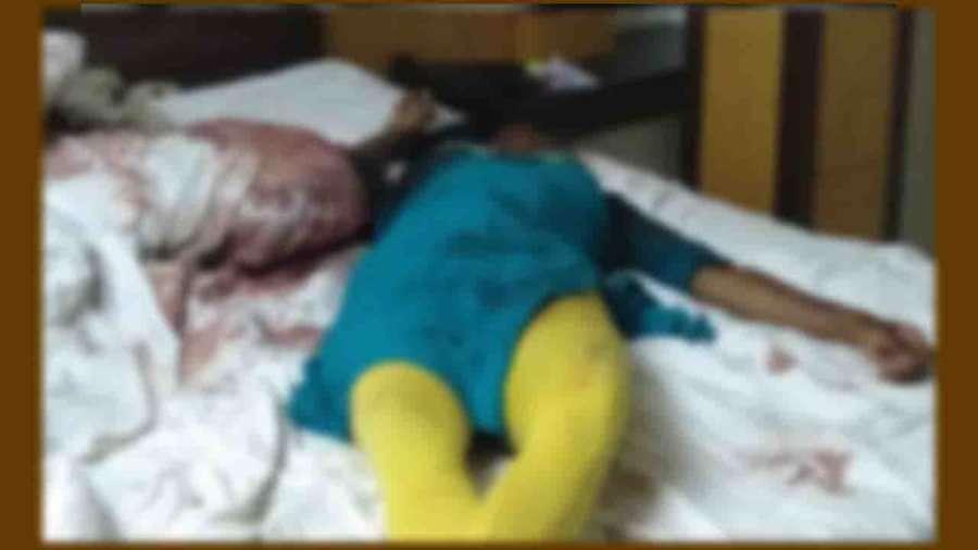 Crime News: కాకినాడలో వైద్య విద్యార్థిని దారుణ హత్య.. పెళ్లైన 10నెలలకే కత్తితో కిరాతకంగా పొడిచి చంపిన భర్త