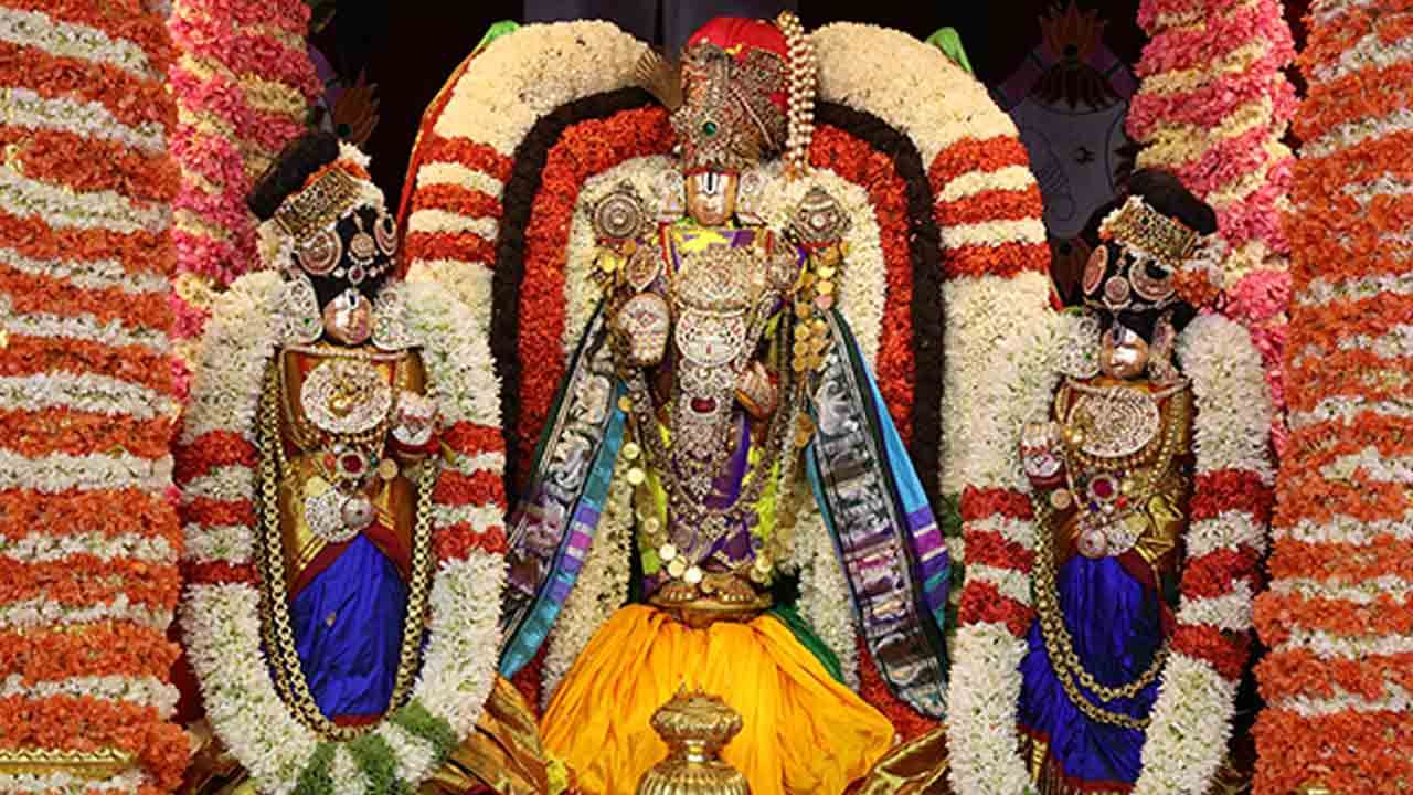 Sarva Bhupala Vahana 1